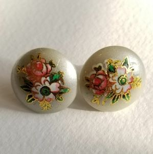 Vintage button earrings flower rose